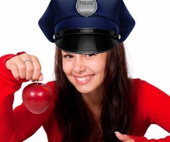 Photomontage online to edit and put a police cap on your picture