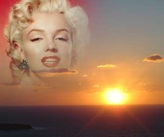 With this montage, you can edit a sunset on the coast, making a collage with a cut of your photo. Ideal for faces.