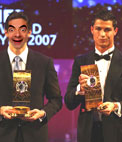 Photomontage to put a face on Kaka and Cristiano Ronaldo, FIFA award winners.