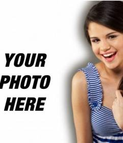 Photomontage with celebrities and popular. Upload your photo and the singer appears with Texas, United States, Selena Gomez