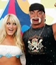 Photomontage to put your face on the body of Hulk Hogan with a blonde girl