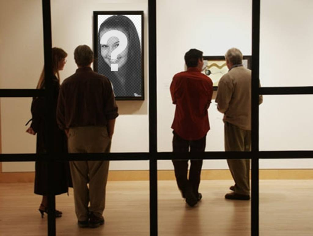Photomontage to put your photo into a modern museum
