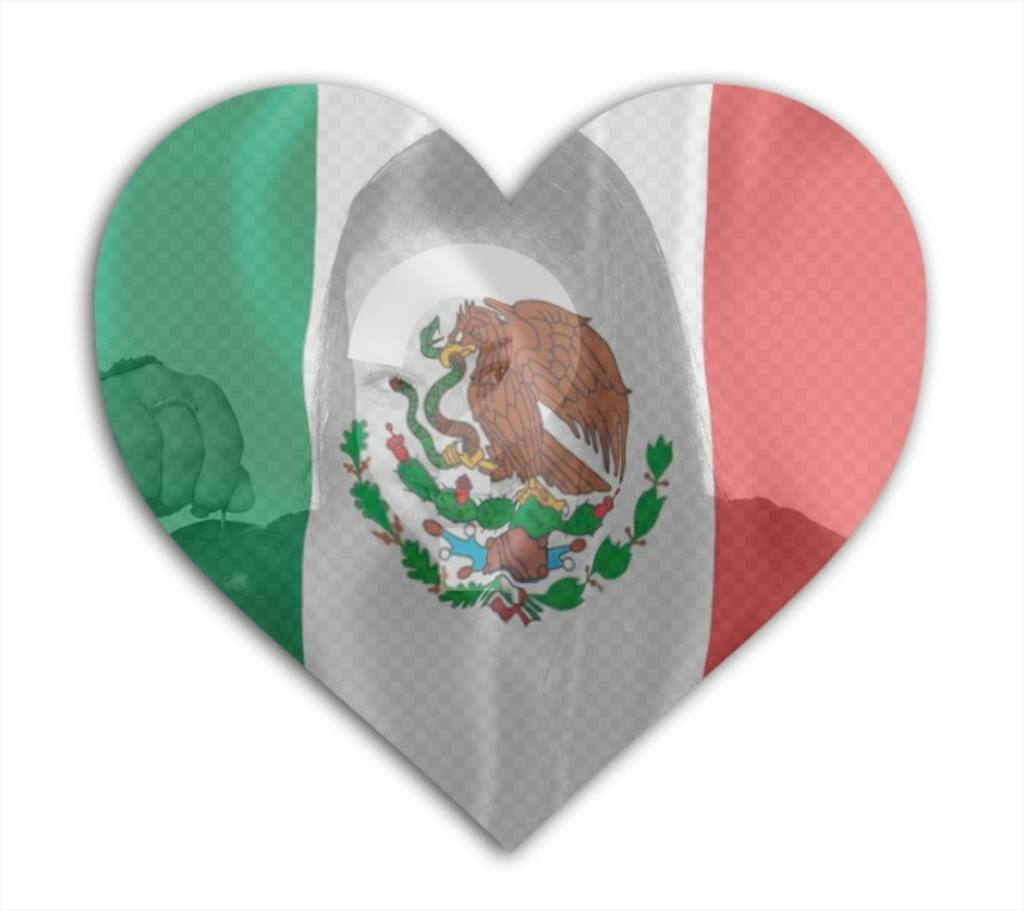 You can insert a photo in this heart with the flag of Mexico in the background