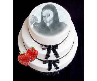 photomontage to put ur face on fondant cake with strawberry